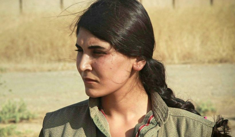 Soldatessa del PKK (Partito Autonomo dei Lavoratori del Kurdistan)
